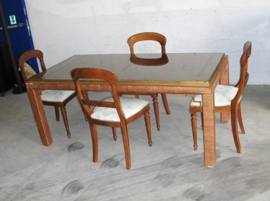 Telematics auction tavolo rettangolare con piano a specchio e nÂ