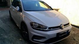 Autovettura Volkswagen golf