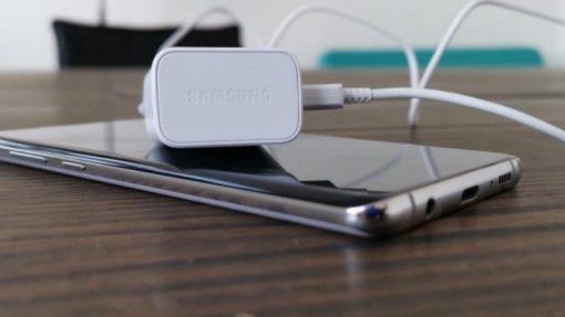 Mobiltelefoner med lang batterilevetid
