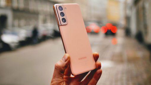 Voldsomt prisdyk på Samsung Galaxy S21 – se prisen her