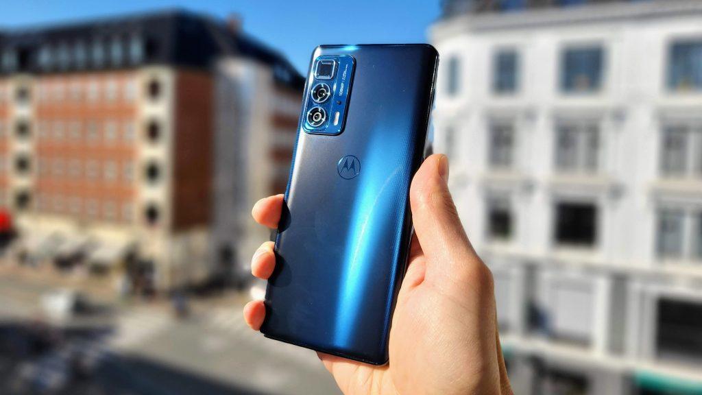Test af Motorola Edge 20 Pro – luksus på tilbud