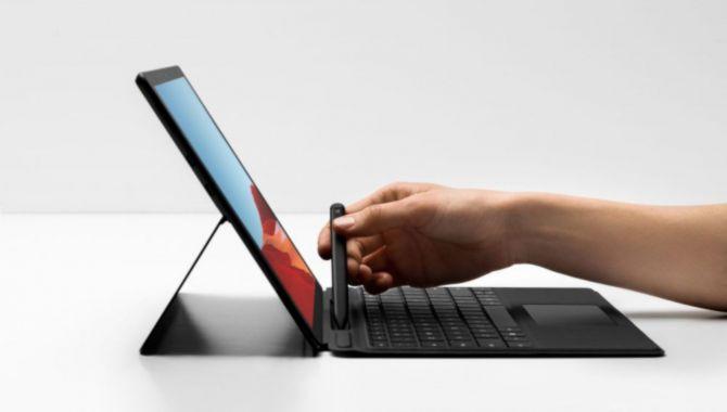 Næste Surface Pro fra Microsoft kan køre på solenergi