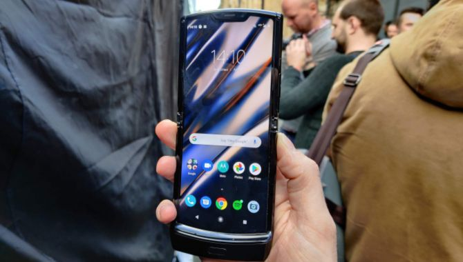 Motorola kan genoplive Moto Mods med ny Razr