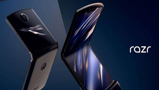 Nyt og gammelt mødes: Foldbar Motorola RAZR lanceret