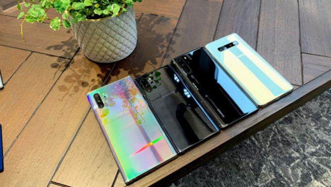 Samsung og Huawei trækker igen fra Apple