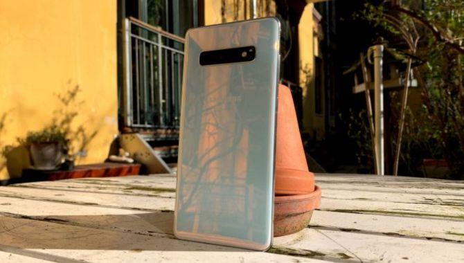 Samsung Galaxy S10 arver nu funktioner fra Note 10