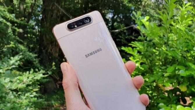 Test: Samsung Galaxy A80 – Sværvægter til overpris