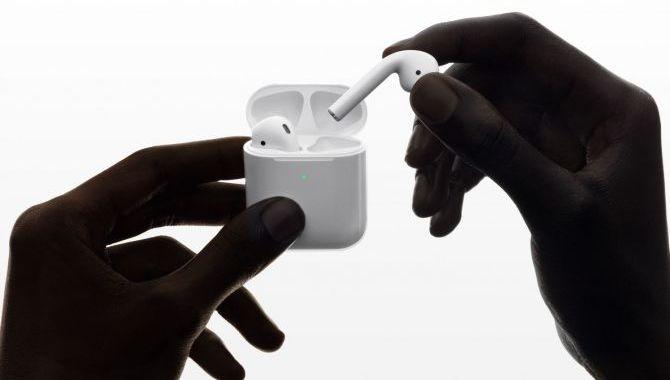 Netop Lanceret: Nye Apple AirPods oplader trådløst