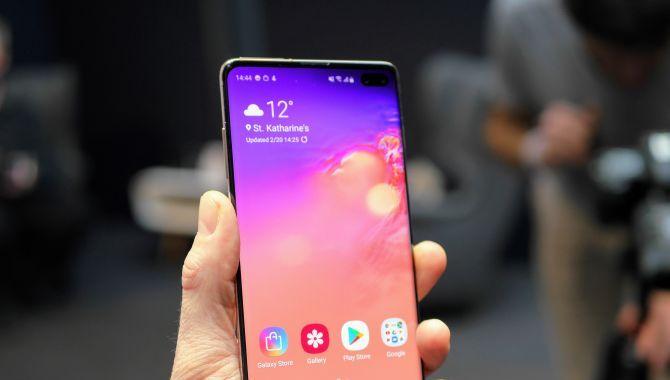 Afstemning: Skal du have en Samsung Galaxy S10?