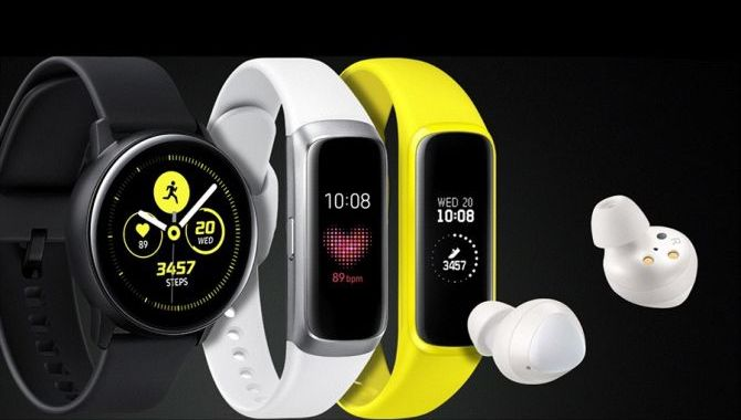 Samsung lancerer nyt smartwatch, Galaxy Fit og Galaxy Buds