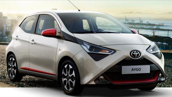 Flere Toyota modeller får Android Auto og Apple CarPlay
