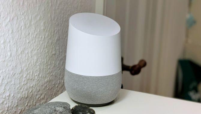 Afstemning: Bruger du Googles digitale assistent?