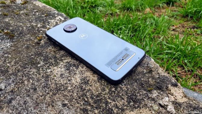Test: Motorola Moto Z3 Play – En god smartphone