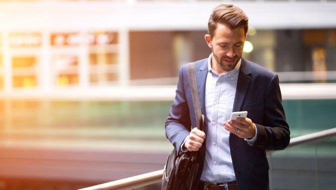 Spar tid med et mobilt lønsystem