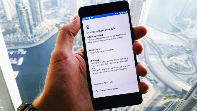Så lang tid er Android-producenterne om at opdatere deres mobiler