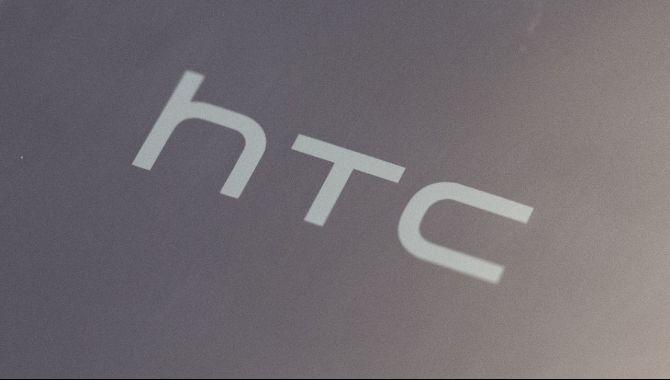 Blodrødt HTC-regnskab: ringeste omsætning i 13 år