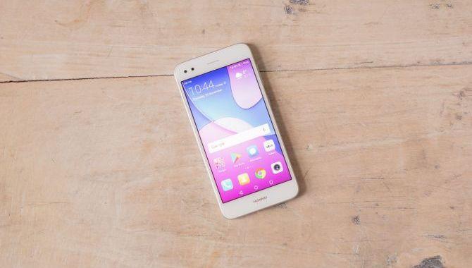 Huawei P9 Lite mini – styr på det nødvendige [TEST]
