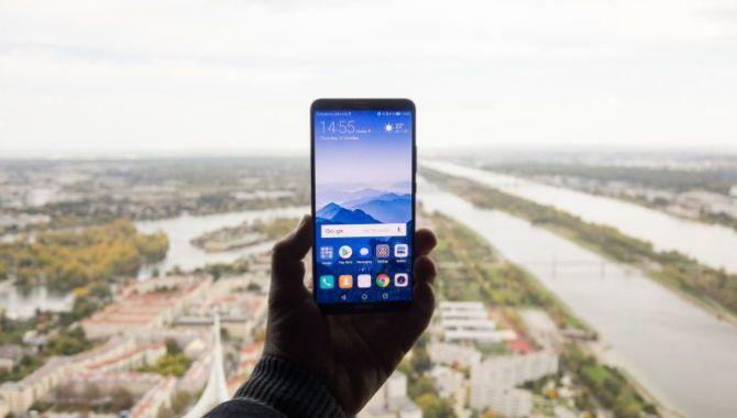 Konkurrence: Vind Huawei Mate 10 Pro