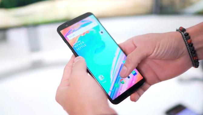 Sådan følger du afsløringen af OnePlus 5T i dag