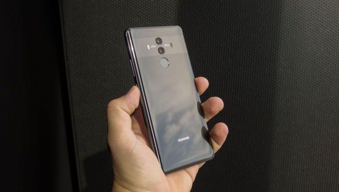 Dansk pris og tilgængelighed på Huawei Mate 10 Pro