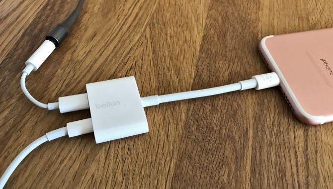 Apple Store får uundværlig iPhone-dongle