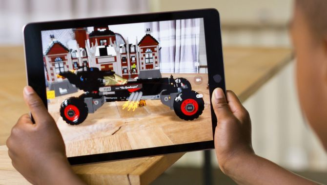 Apple og Google satser stort på augmented reality