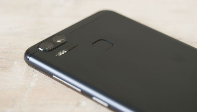 Asus Zenfone Zoom S – Sejlivet kameramobil [TEST]