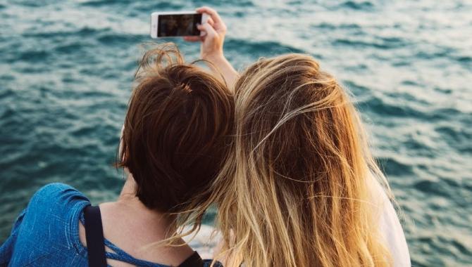 Disse 3 apps skal du have med på sommerferien