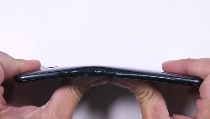 HTC U 11 dumper i populær torturtest