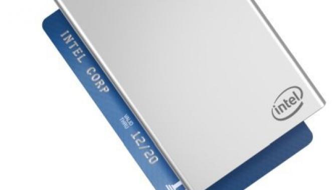Intel Compute Card – en PC på størrelse med et Dankort