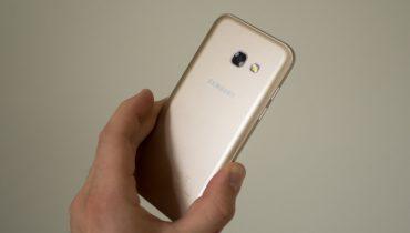 Samsung Galaxy A3 (2017) – en fiks størrelse [TEST]