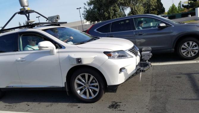 Apples første selvkørende bil er spottet på vejene