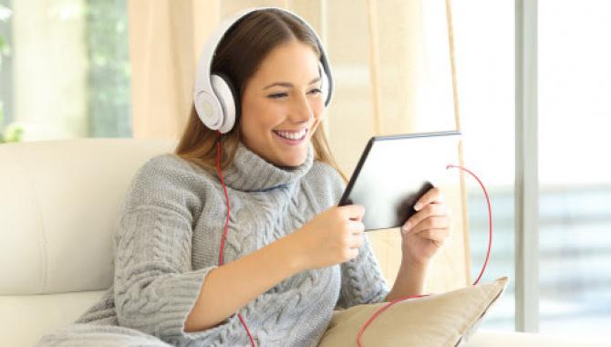 Rapport: Unge storby-kvinder regerer streaming-verdenen