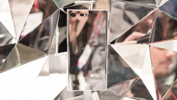 Sony Xperia XZ Premium hands-on: Specs med specs på
