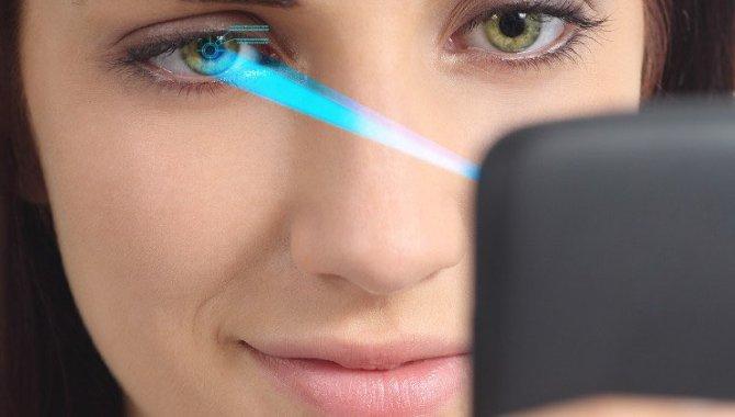 Apple-analytiker: iPhone 8 får 'revolutionerende' 3D-frontkamera