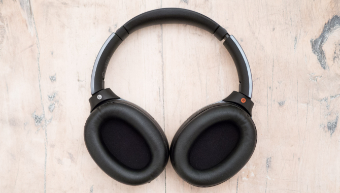 Sony MDR-1000X – Stillekupé til audiofile [TEST]
