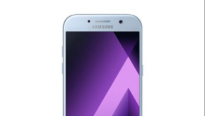 Samsung Galaxy A3 (2017) og A5 (2017) – priser og specs