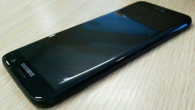 Samsung Galaxy S7 i blank sort farve får snart debut