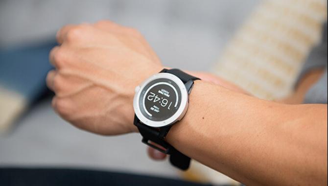MATRIX Powerwatch – et smartur der oplader sig selv
