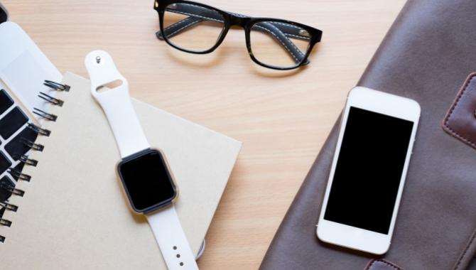 Smarte ure skal have klassisk look