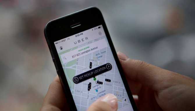 Uber erklærer priskrig: sænker prisen med 16 procent
