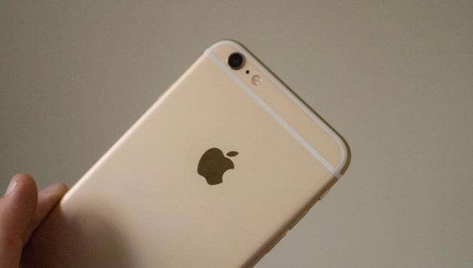 Apple sender udskældt iPhone-model på tidlig pension