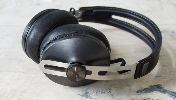 Sennheiser Momentum M2 Wireless: Eminent lyd og retrolæder [TEST]