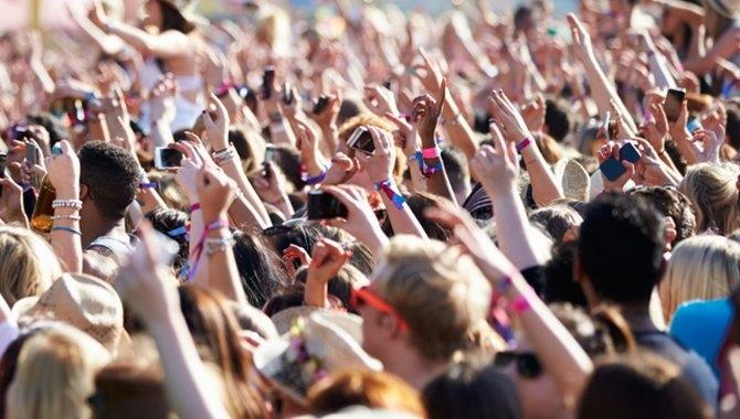 3 opruster til Roskilde Festival med 13 mobilmaster