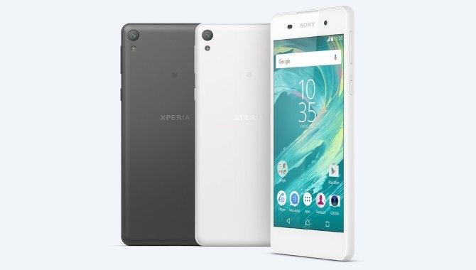 Sony lancerer Xperia E5: Meget smartphone for pengene