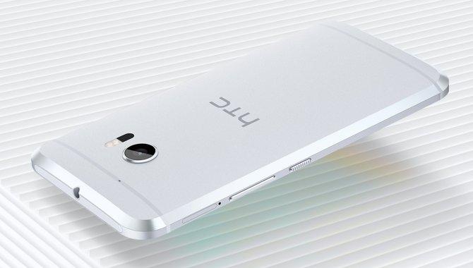 HTC 10 sælger katastrofalt dårligt i Kina