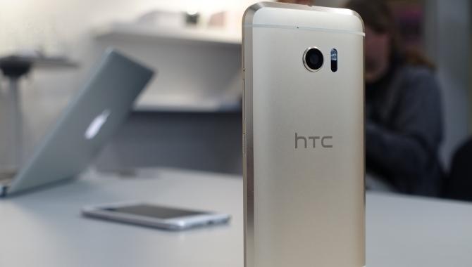 HTC 10: Det første møde