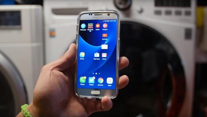 Samsung Galaxy S7 vs. vaskemaskine – hvem vinder? [VIDEO]