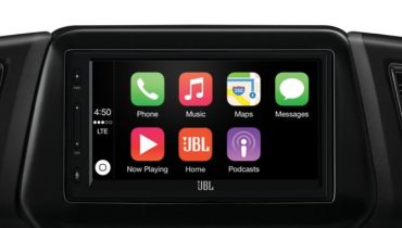 JBL Legend CP100: Få Android Auto og Apple CarPlay i bilen