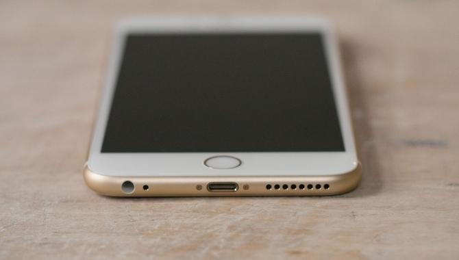 Vrede Applekunder: Intet jackstik i næste iPhone